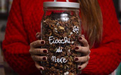 Il Natale ha il profumo e l'essenza della nostra tisana Fiocchi di Neve